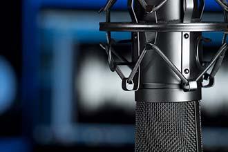 Billede af en mikrofon brugt i forbindelse med siden om voice over